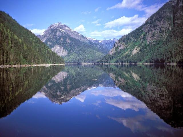 Beatrice Lake – Valhalla Provincial Park